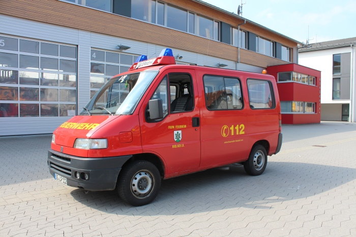 mannschaftstransportwagen01a